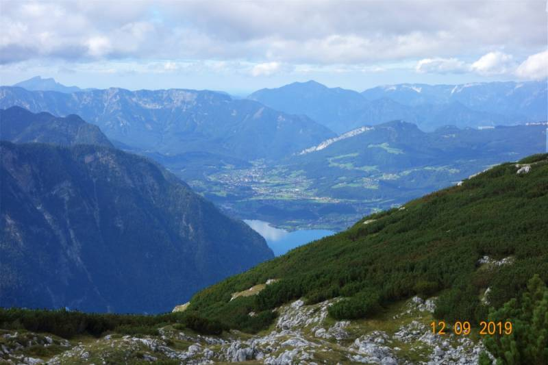 5df51166343e0_Austria_heart1.jpg